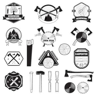 Satz von holzarbeiten und tischleretiketten und -logos.