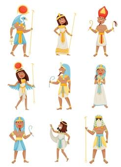 Satz von menschen in kostümen der pharaonen