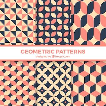 Satz von mustern mit geometrischen figuren