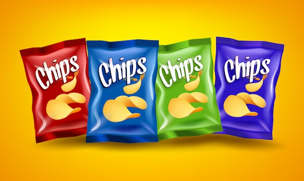 Satz von roten, blauen und grünen chipspaketen mit gelben knusprigen snacks auf orangefarbenem hintergrund, werbekompositionskonzept, realistisches natürliches kartoffelchipplakat, illustration