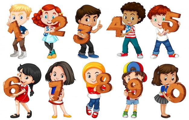 Satz von verschiedenen kindern, die mathe-nummer halten