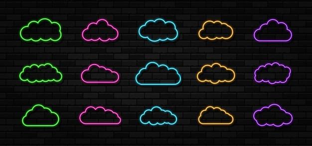 Satz von wolken leuchtreklamen auf dem schwarzen backsteinmauerhintergrund abstrakter elektrischer lichtrahmen