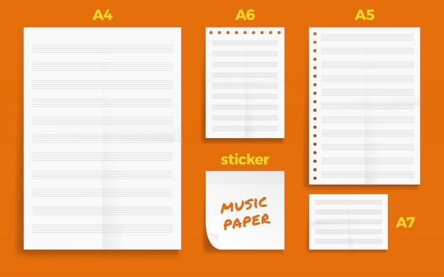Satz von zerknitterten vier standart blanko musik serie a format papier
