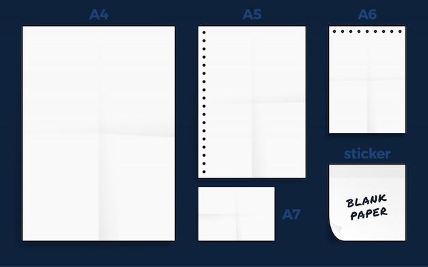 Satz von zerknitterten vier standart blanko-papier der serie a