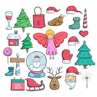 Satz weihnachtsgekritzelikonen mit entwurf und farbe auf weißem hintergrund