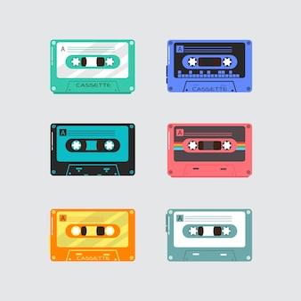 Satz weinlesemusik-retro-kassette auf weißem hintergrund. kunststoff-audiokassetten, vintage-mediengeräte, musikaufzeichnung isolierte symbole.