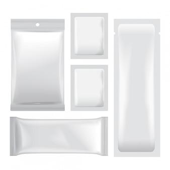 Satz weiße leere folienbeutelverpackungen für lebensmittel, snacks, kaffee, kakao, süßigkeiten, cracker, chips, nüsse. plastikpackung