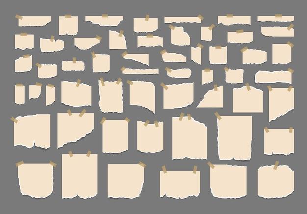 Satz zerrissene zerrissene papierblätter mit aufkleber