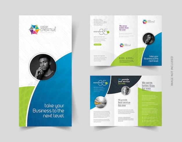 Sauberes, dreifach gefaltetes broschürendesign