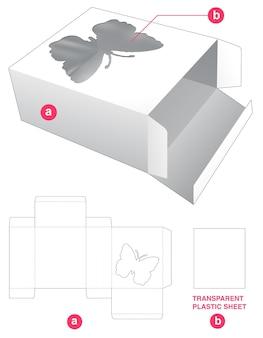 Schachtel in schmetterlingsform mit stanzschablone aus transparenter plastikfolie