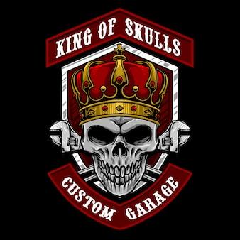 Schädel mit königskrone und schraubenschlüsselwerkzeugillustration