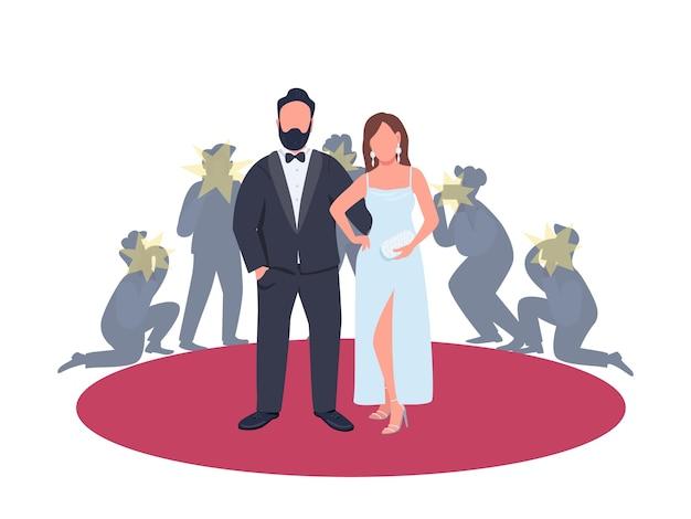 Schauspieler und schauspielerin in ausgefallenen outfits, die auf der flachen konzeptillustration des roten teppichs aufwerfen. berühmte personen beim filmfestival 2d-zeichentrickfiguren für webdesign. zeigen sie kreative geschäftsidee