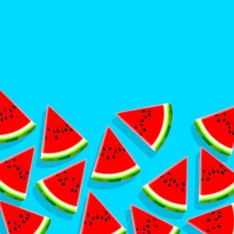 Scheiben der wassermelone auf blauem hintergrund