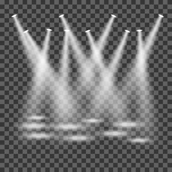 Scheinwerfer, die auf transparentem hintergrund scheinen