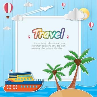 Schiff und Kokosnussbaum mit Meer in der Sommerzeit.