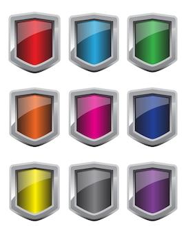 Schild-button-icon-set. glänzende schilde aus chrommetallic