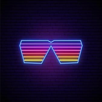 Schild mit neon-shutter-brille