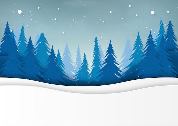 Schnee- und kiefernwald auf wintersaisonlandschaftshintergrund.