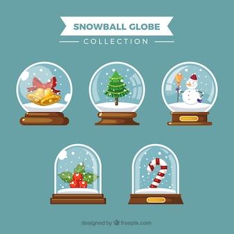 Schneekugeln mit schönen elementen