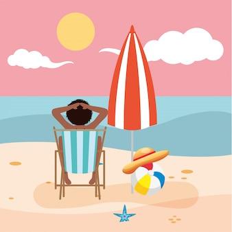 Schöne afro-frau, die badeanzug im strandkorb sitzt