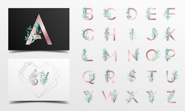 Schöne alphabetsammlung mit blumenaquarelldekoration