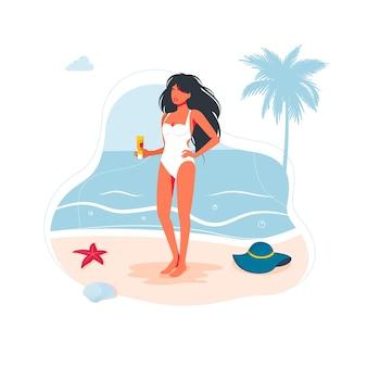 Schöne frau mädchen am strand in einem badeanzug und mit einer sonnencreme in der hand am meer auf dem sand. seestrandleute, die fahne, sommerferiensymbol reisen. vektor-illustration