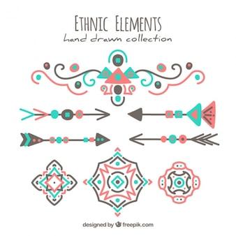 Schöne hand ethnische elemente gezeichnet