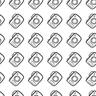 Schöne handgezeichnete nahtlose muster mode-kamera-symbol. handgezeichnete schwarze skizze. zeichen / symbol / gekritzel. isoliert auf weißem hintergrund. flaches design. vektor-illustration.