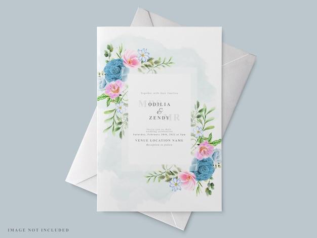 Schöne hochzeitseinladungskartenschablone mit blumenhand gezeichnet