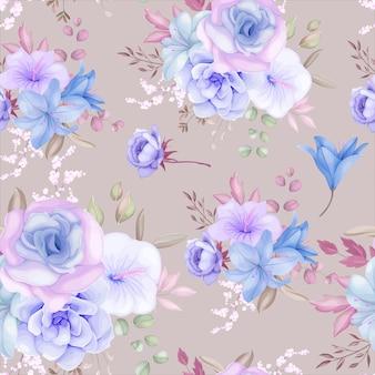 Schöne lila und blaue blumen und blätter nahtloses musterdesign