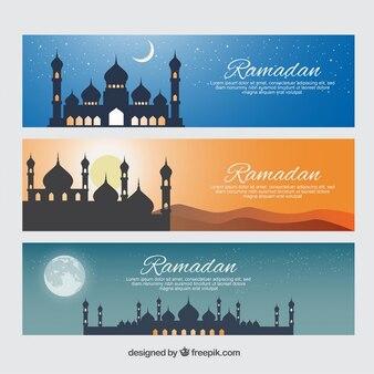 Schöne ramadan banner mit moscheen