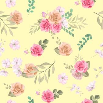Schöne rosen hand gezeichnete nahtlose muster-design