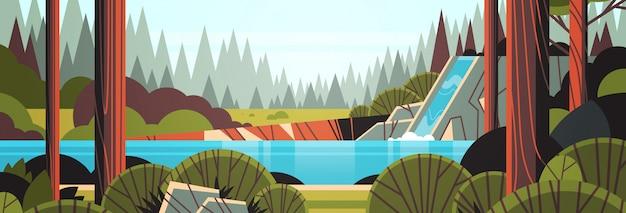 Schöner wasserfall über felsiger klippengrün-sommerwaldnaturlandschaft