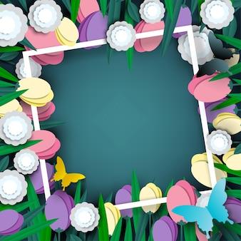 Schönes blumenpapier geschnitten auf grünen hintergrund