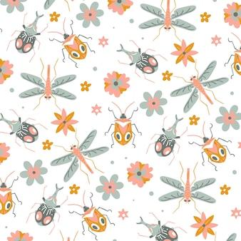 Schönes muster mit sich wiederholenden insekten und blumen