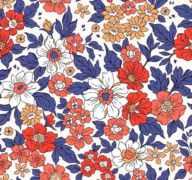 Schönes weinleseblumenmuster in den kleinen realistischen blumen