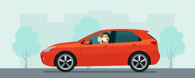 Schrägheckauto mit einem jungen mann und einer jungen frau in einer medizinischen maske, die auf einem hintergrund des abstrakten stadtbildes fährt. flache artillustration.
