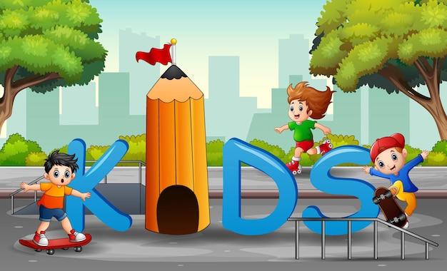 Schriftzug kinder mit glücklichen spielenden kindern