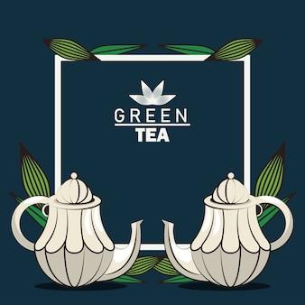 Schriftzugplakat des grünen tees mit teekannen im quadratischen rahmen