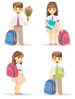 Schüler und schulmädchen mit rucksack