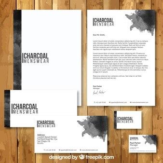 Schwarz aquarellbriefpapier