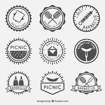 Schwarz-weiß-grill badge set