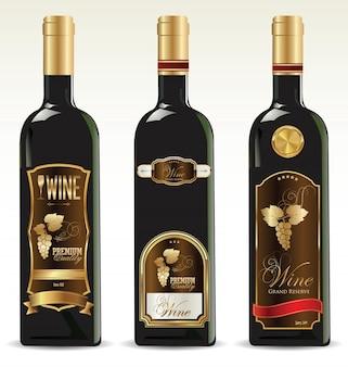Schwarze flaschen für wein mit goldenen und braunen etiketten