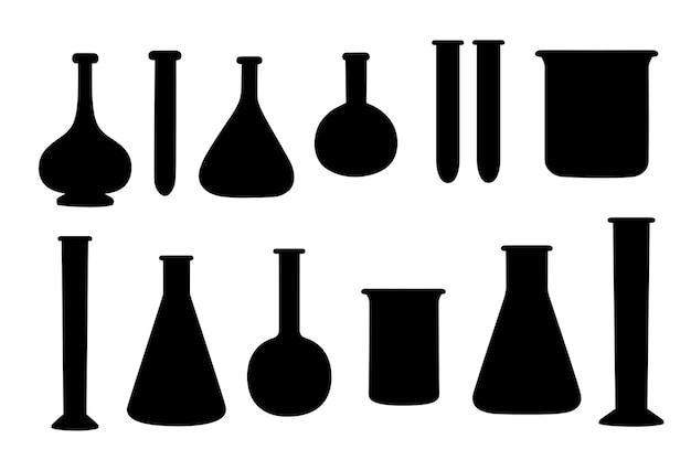 Schwarze silhouette von laborchemieflaschen mit unterschiedlicher größe und form und gefüllt mit flüssiger flacher vektorillustration isoliert auf weißem hintergrund.