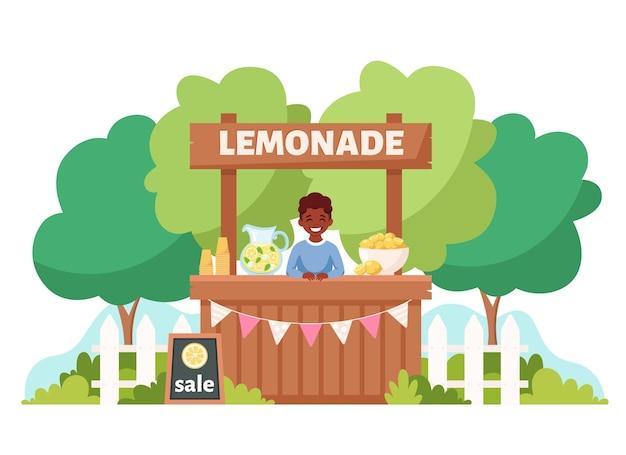 Schwarzer junge, der kalte limonade im limonadenstand verkauft sommerkaltgetränk