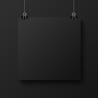 Schwarzes leeres quadratisches blatt papier