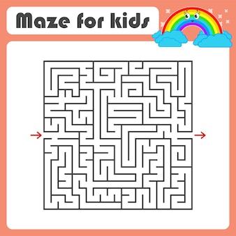 Schwarzes quadratisches labyrinth mit ein- und ausgang.