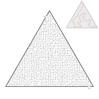 Schwieriges dreieckiges labyrinth-arbeitsblatt für kinder