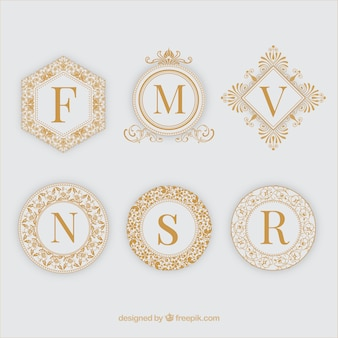 Sechs goldene zierrahmen
