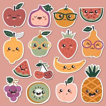 Set aufkleber mit süßen kawaii-früchten.